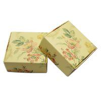 ingrosso scatole di caramella gialle-La scatola di cartone stampata floreale quadrata ha stampato il contenitore di regalo d'argento dell'orecchino dei gioielli della caramella del regalo del sapone pieghevole del cartone che spedice liberamente la festa nuziale