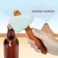 removedor de edad al por mayor-Martillo en forma de cerveza abridor de bebidas The Stone Age Caveman abridor de botellas con herramienta de correa de cuero Removedor de botellas abridores de herramientas de cocina T1I378