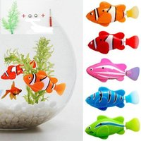Wholesale funny swimming - Funny Swim Electronic Robofish toy Activated Battery Powered Robo bath kids Toy Fish Robotic 5colors Novelty Items FFA155