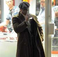 casquillos de jason al por mayor-Diseño de marca Casquillo octagonal casual para hombre Sombreros de boina Moda Jason Gorras Planas Casquillo sólido de la película de la boina Envío libre
