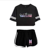 5b88b307c0ec BTS Two Piece Set 2018 Summer Fashion coreano Tuta da donna BTS FAKE LOVE  Album manica corta crop Top e shorts pantaloni Outfit