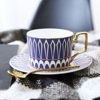 conjuntos de canecas de café da porcelana venda por atacado-Europa Noble Bone China Xícara De Café Pires Colher Set 400 ml de Luxo Caneca de Cerâmica Top-grade de Porcelana xícara de Chá de Café Partido Drinkware