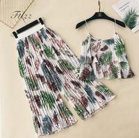 Wholesale chifon summer dress - New Summer Bohemian Two Piece Sets Women Sexy Crop Top And Loose Pants Suits Woman Casual Floral Print Beach Chifon 2 Pcs Set