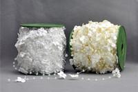hebras de perlas al por mayor-2018 20mm flor del ciruelo 4mm perla guirnalda de cuentas para el arte del bricolaje fiesta nupcial boda decoración de la boda 60 m / rollo D884L