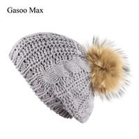 меховые береты оптовых-Women Beret Hat For Winter Female Knitted Real Fur Raccoon Pompom Hats Cap Autumn 2018  New Women's Hats Cap Berets Adults