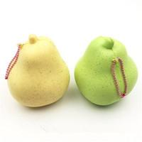 pera rosa al por mayor-Jumbo Squishy Pear Jumbo Frutas Slow Rising Squishy Yummy Pear 2 colores Soft Squeeze Phone Straps Descompresión Toy