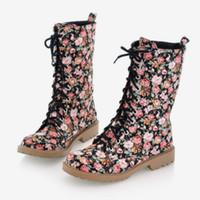 düz çiçekler vintage ayakkabılar toptan satış-Yeni Kadın Dantel Up Kış Pamuk Yağmur Ayak Bileği Çizmeler Kadın Çiçek Baskı Çapraz Kayış Daireler Bayanlar Vintage Moda Ayakka ...