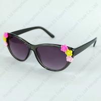 Wholesale pretty butterflies - Baroque Cat Eye Kids Sunglasses With Flower Children Sun Glasses Girl Pretty Sun Eyewear UV400 6 Colors Wholesale