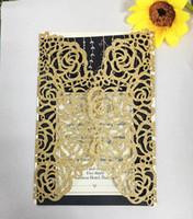 ingrosso inviti di nozze d'argento neri-50X Spedizione gratuita oro / argento / nero / oro rosa spessa carta scintillante con taglio al laser Vintage Vine Wedding Invitation Card Cover