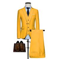 мужские желтые костюмы оптовых-Новое прибытие мужские костюмы желтый 2018 жаккард жених смокинги Шаль отворотом мужские костюмы свадебные (куртка + брюки)