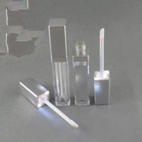 lippenglanzspiegel großhandel-2019 LED-Leuchte Lipgloss-Behälter LED-Lipgloss-Flasche mit Spiegel auf einer Fläche