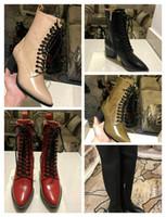 bej dantel botları toptan satış-Sayaç kalitesi hakiki deri dantel-up Bej + Siyah + Kırmızı + Yeşil 5.5 CM nedensel kadın moda ayak bileği çizmeler siyah + beyaz + kahverengi Ayakkabı