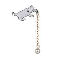 Wholesale single pearl brooch for sale - Group buy 2019 New Cute Wild Fashion White Kitten Pearl Brooch Cat Catching Jersey Collar Needle Badge Single