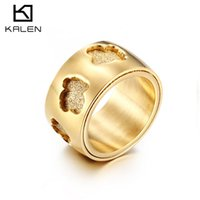 Wholesale women vintage rings - 2018 New Vintage Gold Hollow Bear Ring Women Special Design Stainless Steel Bear Jewelry Gift for Women Party Gift