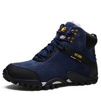 e13dcf367 Homens de inverno Botas de Neve de Camurça De Couro À Prova D 'Água Quente  Plush Lace Up Botas de Alta Top de Moda Sapatos Casuais Ankle Boots dos  homens