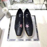 oxfords kesmek toptan satış-2018 YENI Stella Mccartney Kadınlar Dana Derisi Hakiki Deri Platformu Rahat Ayakkabılar Cut-çıkışları Yıldız Oxfords Stripes Kama Elyse Dantel-up Sneaker