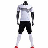 siyah beyaz çizgili üst erkekler toptan satış-futbol forması şort 2018 19 Üst Tay Üstün beyaz siyah renk DIY Erkekler Futbol Takımları Erkek Nefes Delikler Çizgili Futbol Takımı Üniformalar