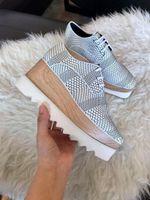 fábrica de sapatos de plataforma venda por atacado-China Fábrica de fundo grosso Womens Moda de Luxo Sapatos De Plataforma De Couro Plana moda Sapatos Da Senhora verão sapatos
