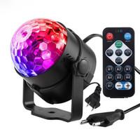 efectos de sonido de pelota al por mayor-DJ Disco Ball Lumiere 7 colores Sonido activado Proyector láser RGB Efecto de iluminación de escenario Lámpara Navidad KTV Music Party DJ Light