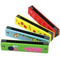 couleur harmonica achat en gros de-Hot vente de dessin animé mignon peint en bois harmonica enfants musique jouets musicaux instrument couleur aléatoire meilleur cadeau
