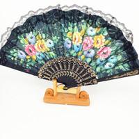 spanische hand fan hochzeitsbevorzugungs großhandel-Floral Folding Hand Fan Blumen Muster Spitze Fan Für Hochzeit Tanzen Kirche Party Geschenke Mitbringsel Handwerk Spanische Blume Fans HH7-1777