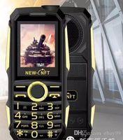 fone de ouvido para celular venda por atacado-F999 6800MA à prova de choque de 3.5mm fone de ouvido jack power bank lanterna SOS dial de velocidade sem fio rádio FM robusto telefone móvel sênior