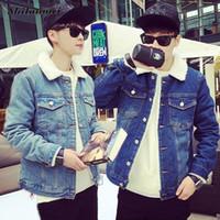 trendy ceketler erkekler toptan satış-Trendy Sıcak Polar Denim Ceket Erkekler 2018 Kış Moda Streetwear Jean Ceket Casual Dış Giyim Erkek Kovboy Ceket Artı Boyutu