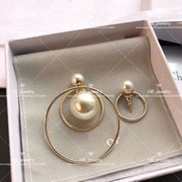 Wholesale pearl alphabet - Irregular pearl circle earrings for lady Cd BRAND Logo Fashion Design Women Party Wedding D logo Luxury Imitation Jewelry With BOX