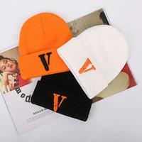 orangenschädelkappen großhandel-Mützen Stickerei Logo Winter Hüte Für Frauen Männer Motorhaube Hip Hop Damen Caps Kaschmir Schädel Harajuku Punk Street Fashion Unisex Casual 2019