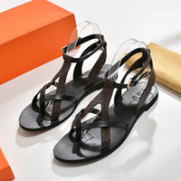 Wholesale box breaks - LOOK! Branded Women Print Leather&Canvas Flat Sandal City Break Designer Lady Slender Straps Leather Sole Sandal Packed Box Size EU35-42