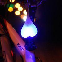 silikon aşk topları toptan satış-Yeni Bisiklet Arka Lambaları Bisiklet Topları Kuyruk Silikon Işık Yaratıcı Bisiklet Su Geçirmez LED Kırmızı Uyarı Işıkları Bisiklet Koltuk Geri Aşk Lambası