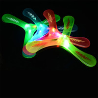 Wholesale flying house - Outdoors Security Motion Boomerang Interesting Toys Flying Around With The Lights Leisure Time Three Leaf Saucers 2 3jr W