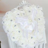 anéis da fita da forma venda por atacado-Moda Coração Forma Almofada Almofada de Travesseiro com Flores Rosa Bowknot Fitas Rhinetone Pérolas Presente Anel Decoração de Casamento Favor de Festa de Casamento