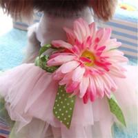 kleine blumen karikatur großhandel-Sun Flower Schöne Rock Mode Hund Kleid Kleine Haustiere Liefert Zubehör Kleidung Exquisite Kreative Bekleidung Cartoon 6 2gg ff