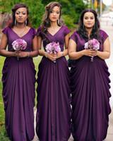 vestido de dama de honor escote drapeado al por mayor-Otoño de 2019 Vestidos de dama de honor púrpuras Mangas largas y recortadas con escote en V Cubrir una línea Vestidos de campo de dama Vestidos de talla grande más tamaño