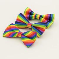 Wholesale fun bow - Rainbow Colorful Stripe Design Men Bow Ties For Wedding Party Fun Decor Fashion Leisure Polyester Fiber Cravats 27 87mz Z