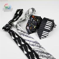 pajarita de navidad a cuadros al por mayor-Moda corbata para hombre corbata música corbata concierto piano nota musical personal impreso estrecho corbata envío gratis