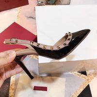 Wholesale comfortable sandals women - Garavani Brand Heel Sandals Rivet Design Original Quality Comfortable Cause Slippers Causal Slide Huaraches Flip Flops by shoe001