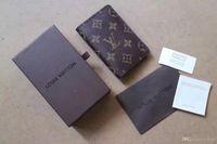 bolsas de regalo tarjetas de visita al por mayor-Nuevos hombres de negocios de cuero pequeña cartera corta MT Multifuncional MB de lujo bolsa de regalo titular de la tarjeta de crédito de bolsillo foto M B carteras