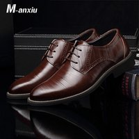 Wholesale wingtip shoes men for sale - Group buy M anxiu Flat Classic Men Dress Leather Wingtip Carved Italian Formal Plus Size Lace Up Pointed Shoes Men Casual Party Shoes