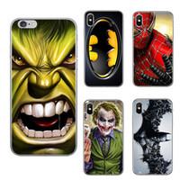 housse de l'iphone batman achat en gros de-Étui de téléphone dessin animé Ironman Marvel Avengers Superhero pour iPhone X XR XS 8 7 6 s Plus SE S9 S8 Fonds Couverture Coquille Shell GSZ413
