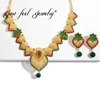 collar indio de la boda de la perla del oro al por mayor-SÓLO SE SIENTE la joyería de los granos cristalinos fijada para las mujeres La joyería de la boda india de la manera imitación del color de la perla fija los pendientes del collar árabe de Dubai