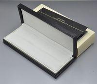 stifte holz großhandel-Hohe Qualität Schwarz Holz Leder Pen Box Anzug für mb Füllfederhalter / Kugelschreiber / Roller Kugelschreiber Federmäppchen mit der Garantie Handbuch A8