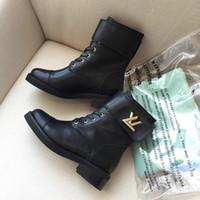 plattform gummisohle großhandel-Mode Martin Stiefel Plattform Ankle Boot für Damen Winter Booties Gummisohle Kuh Leder Luxusmarke Damen Freizeitschuhe