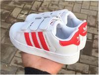 crianças sapatos de couro para menina venda por atacado-2018 nova Marca Shell Cabeça menino meninas Sapatilhas Superstar crianças Crianças Sapatos new stan shoes moda smith sneakers esporte de couro tênis