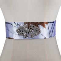 ingrosso cinturini in fiocchi di cristalli in rilievo-100% immagine reale 2018 strass abbellimento accessori abito da sposa cintura fatta a mano telai di nozze camo bianco moda sposa telai da sposa
