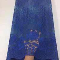 ingrosso fiori ricamati tessuti in pizzo-Nigerian Tulle Lace Fabrics 2018 Blu 3 D Fiore ricamato tessuto africano del merletto / tessuto di pizzo francese di alta qualità in tessuto di pizzo