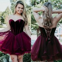Wholesale pear wine - Wine Red Sweetheart Neck Tulle Homecoming Dresses Lace up Back Tulle Mini Short 8th Grade Graduation Party Dresses Sweet 16 Dresses