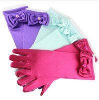 Wholesale pearl accessories online - 5 color kids girls gloves Bow pearl Princess Gloves Girls Princess Mittens for Dress Cosplay Party Gloves Kids Accessories KKA5804