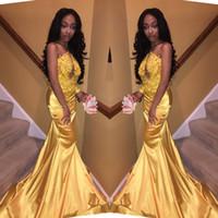 vestido de fiesta de corte amarillo al por mayor-Sexy sirena amarilla africana vestidos de baile 2019 recortar apliques de encaje con cuentas nuevo vestido largo de fiesta vestidos de fiesta por la noche por encargo